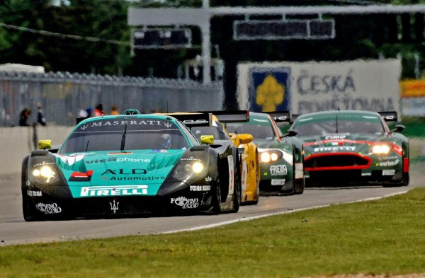 2006-maserati-mc12-racing