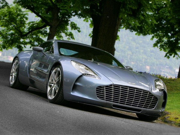 aston_martin-one-77_2010_1024x768_wallpaper_01_edited-1