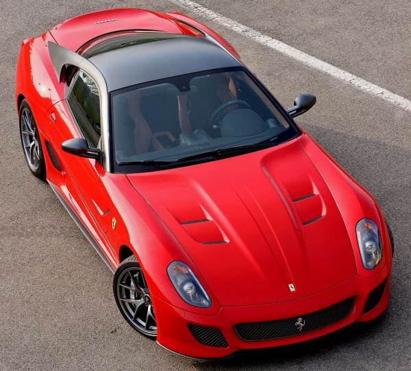 ferrari-599_gto_2011_1280x960_wallpaper_75