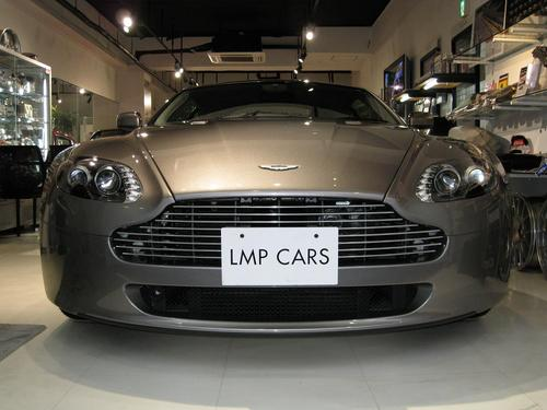 ASTON MARTIN V8 Vantage Dealer car