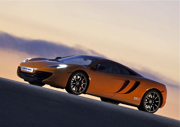 mclaren-mp4-12c_2011_1280x960_wallpaper_03