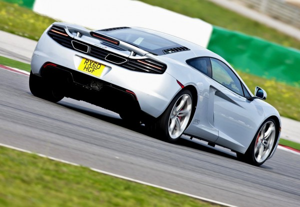 mclaren-mp4-12c_2011_1280x960_wallpaper_20