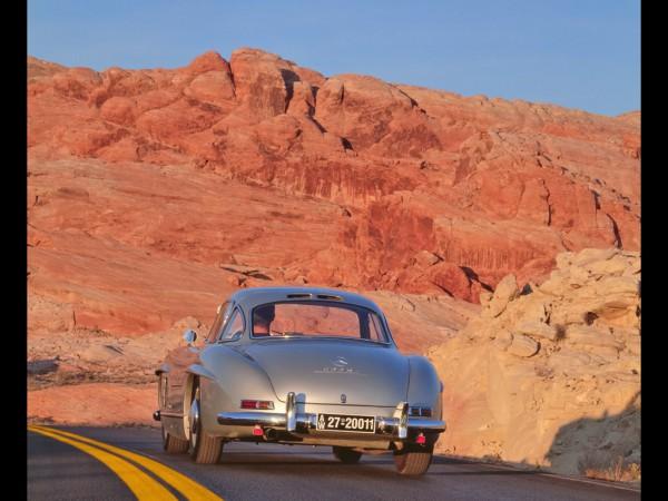 mercedes-benz-300-sl-coupe-rear-road-rock-1024x768