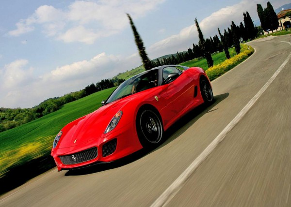 ferrari-599_gto_2011_1280x960_wallpaper_0a