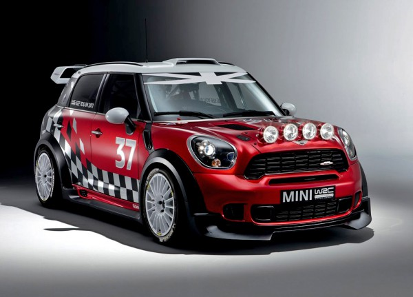 mini-wrc_2011_1024x768_wallpaper_01