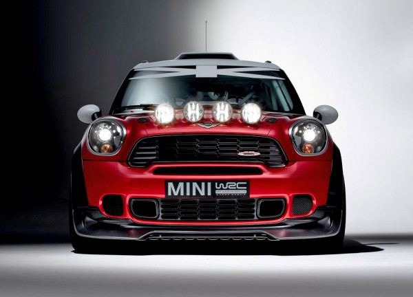 mini-wrc_2011_1024x768_wallpaper_05